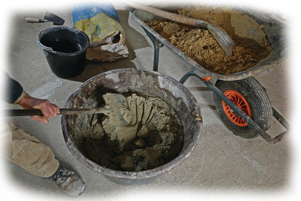 Изготовление раствора без помощи бетономешалки