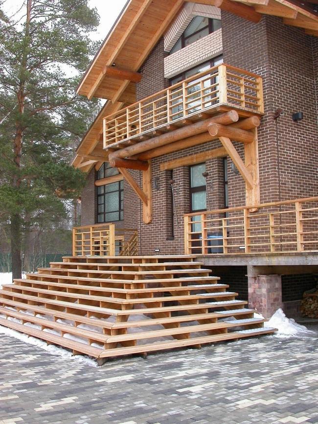 Кирпично-деревянные дома: элегантно, добротно, респектабельно