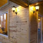 Кирпич деревянный: особенности и использование