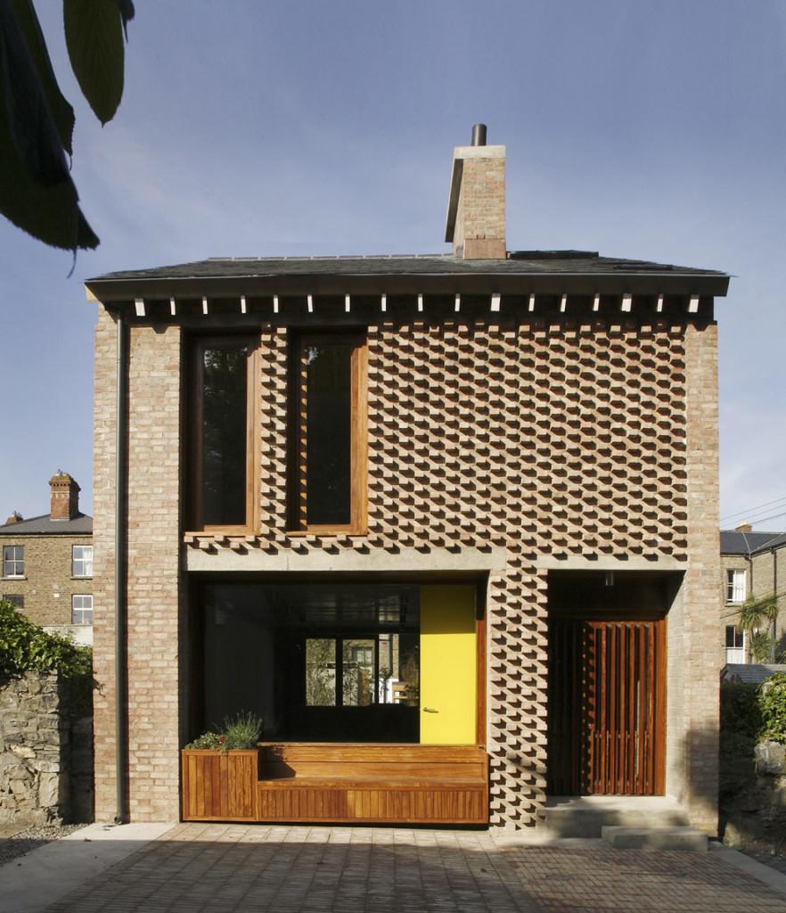 Фасады кирпичные, с декоративной кладкой