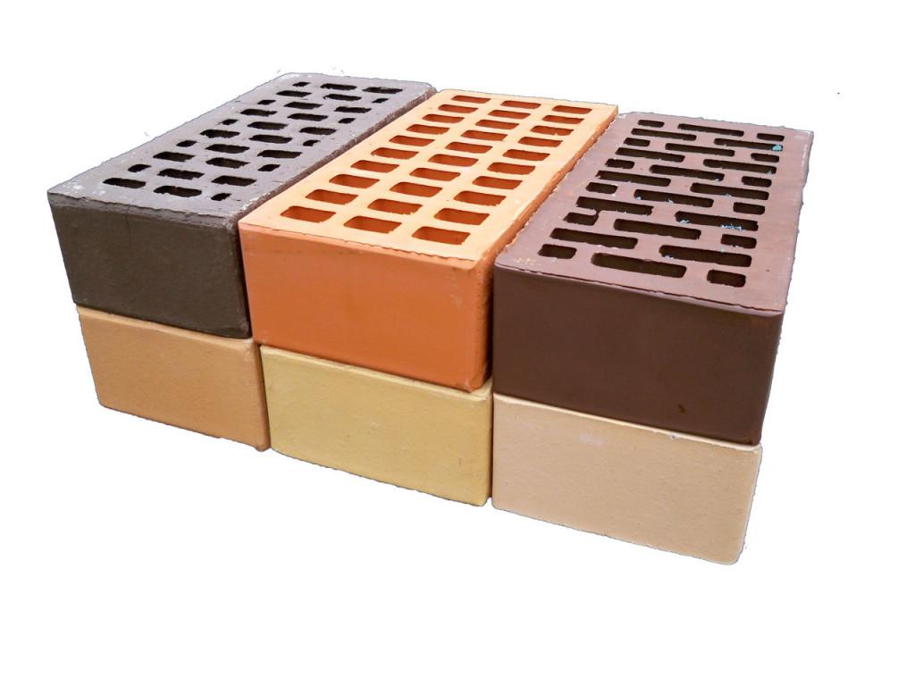 Цветной глиняный кирпич