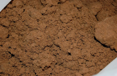 Основной компонент кирпича — глина