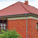 Гармоничная облицовка фасада дома кирпичом