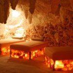 Эффектная соляная пещера в доме