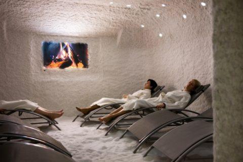 Искусственные соляные комнаты – путь к здоровью