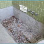 Основание зачищается до перекрытия и стеновых конструкций