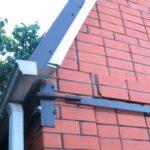 Обтяжка стен металлическими стержнями