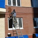 Очистка фасада здания
