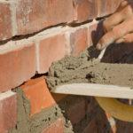 Замену раствора в швах стеновых конструкций можно выполнить своими руками