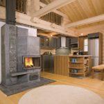 Комбинированное отопительное сооружение может обогреть весь дом