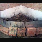 Опалубку под фундамент можно сделать из подручных материалов