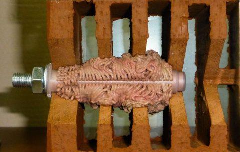 Химический анкер – один из самых надежных видов крепежа для пустотелых изделий