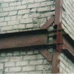 Обтягивание здания металлическим каркасом