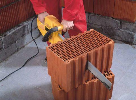 Блоки можно при необходимости отпилить