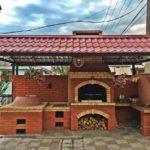 Летняя кухня – практичный атрибут загородного дома