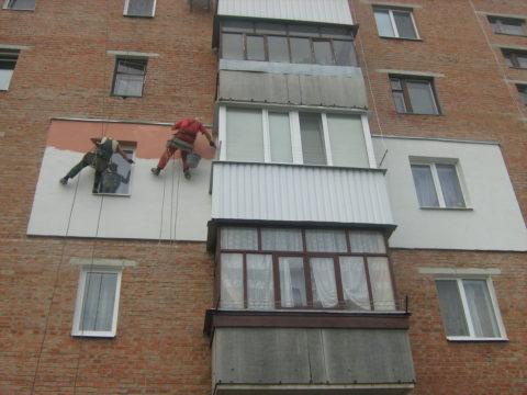 Стены из полнотелого кирпича нуждаются в наружном утеплении