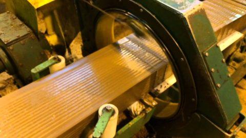 Автоматическое устройство для нарезки кирпичей