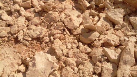 Глина - основное сырье для производства кирпича