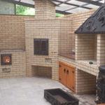 Проект барбекю из кирпича в составе комплекса летней кухни
