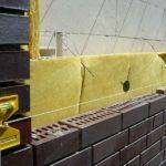 Вентилируемая облицовка с утеплением газобетонной стены, с закладкой в швы гибких связей